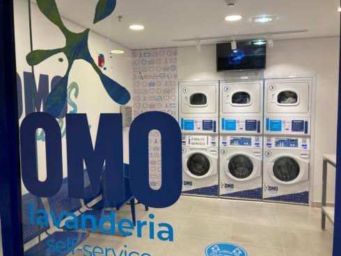 Primeira OMO Lavanderia de Santa Catarina inaugura no Neumarkt Shopping